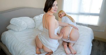 Spread Aunt Legs Wide Kennedy Kressler and Sovereign Syre